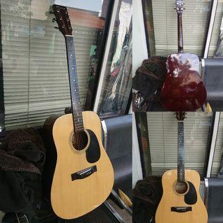 Gitar Akustik Ori Beli di Mall Empuk di Jari bikin betah main