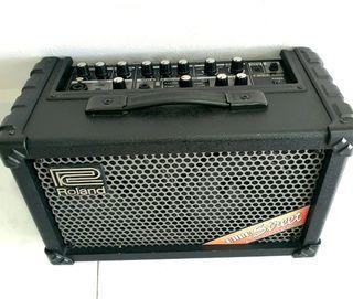 Guitar & Vocal Amplifier (Roland Cube Street)