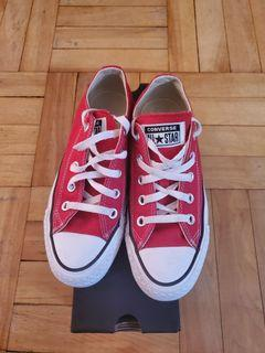 Kids Size 3.5y Converse All Star red