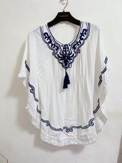 近全新韓版超仙波希米亞刺繡繫帶寬鬆飛鼠袖上衣