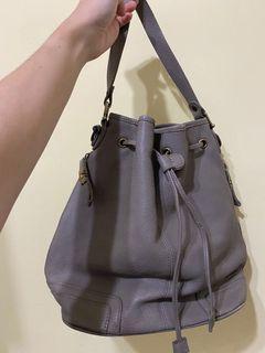 韓國大象灰皮革水桶包