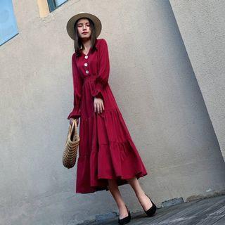 暗紅色質感鈕扣長裙