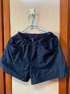 黑色 休閒短褲 可小刀