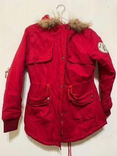 全新 紅色風衣鋪棉外套