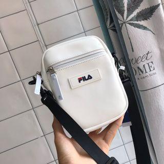 全新正品特價Fila bag 新款女裝可愛小包包手袋斜咩袋 手機袋手袋斜肩包袋子 一面雙用