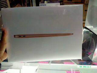 Macbook air 256gb,gold and gray