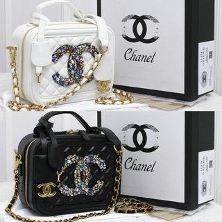 Tas Chanel Vanity crystal