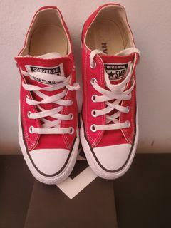 Wmns Size 5.5 Converse All Star