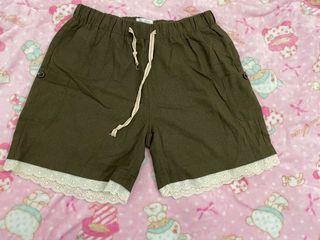 棉麻蕾絲花邊鬆緊短褲