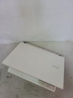 ACER V3-371/i5 Laptop/13.3'inch/SSD 240G/4G/Webcam / win10/notebook
