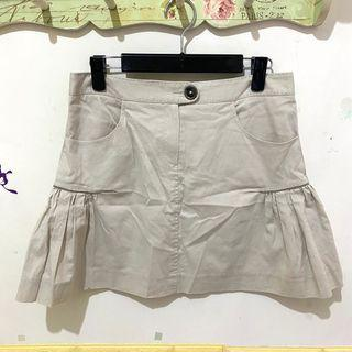 La Féta米白色短裙