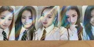 WTS Itzy Selfie Holo Withdrama Guess Photocards