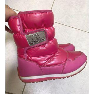 女童桃紅色保暖靴子
