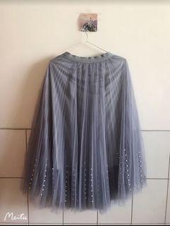 夏天 浪漫 前擺珍珠 鬆緊 紗裙-灰