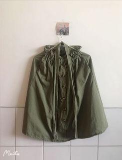 夏天 附綁帶 假排扣 鬆緊 花苞 A字裙-綠