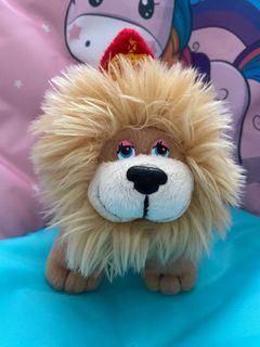 Boneka lion