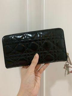 CHRISTIAN DIOR AUTHENTIC quilted black wallet patent leather dompet hitam wanita