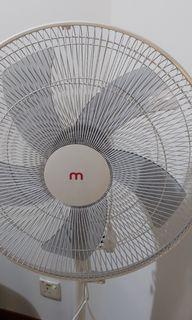 Pedestal fan/16inch