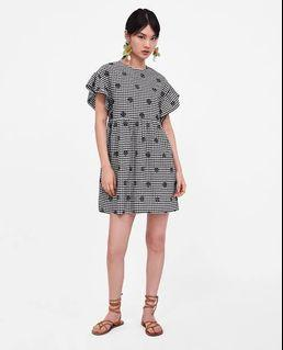 Preloved Zara Gingham Embroidery / Embroidered Dress