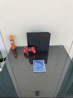 PS4 Slim PlayStation 4 With Red Controller
