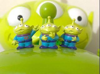 (包平郵)無包裝!淨公仔!中古 絕版 迪士尼 反斗奇兵 三眼仔 公仔 擺設 擺件 收藏 disney toy story pixar alien charm figure toys doll sega 老吊卡 迷你