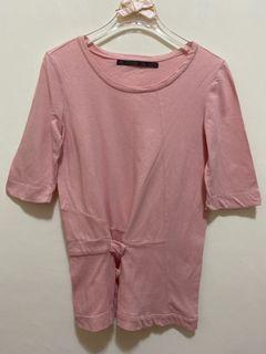 短袖上衣 圓領 短袖T恤 彈性 合身腰身 素色休閒上衣女版-粉紅色 沒穿過