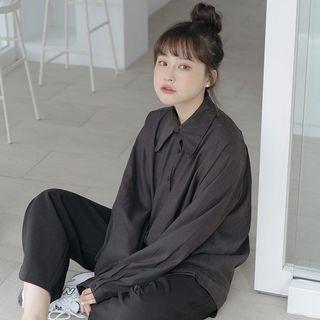 質感絨面尖領設計襯衫[黑] QUEENSHOP