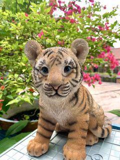 ACE HARDWARE - Tiger Statuary