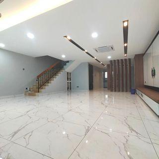 Desa Jaya / Jalan Danau / 2 Sty Terrace House / Fully Renovated / Kitchen Extended / Ehsan Jaya  / Johor Jaya