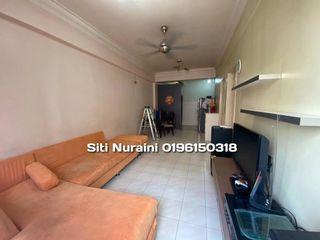 Facing Pool Golden Height Apartment Taman Mas Puchong
