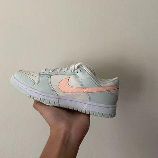 """Nike dunk Low """"barely green"""""""