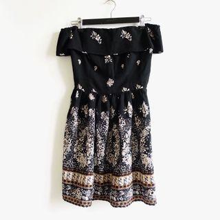美國品牌Abercrombie&Fitch AF A&F黑色花卉雪紡材質一字領平口短袖合身短洋裝XS號