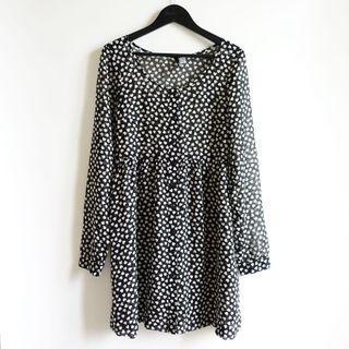 H&M黑色白色愛心雪紡材質圓領開扣長袖洋裝32號