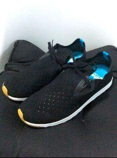Native Apollo Moc Sneakers. Black. Size 10 US mens. New without box