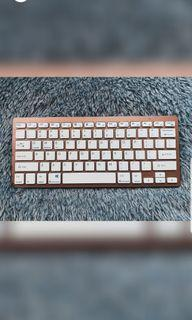 Ultrathin wireless keyboard