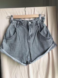 花苞牛仔短褲