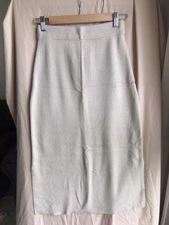 米色針織長裙