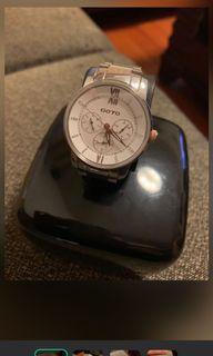 #人氣 GOTO 水鑽經典錶