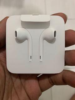 Brand New Apple EarPods Lightning