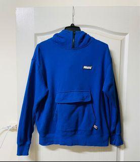 :CHOCOOLATE藍色大口袋造型帽T