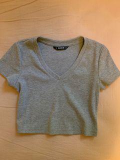 Grey v neck tshirt