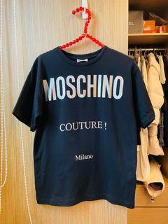 二手正品MOSCHINO字母純棉T恤、M號(義大利製彈性很好)看圖看內文#集氣