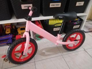 Strider balance bike for kids
