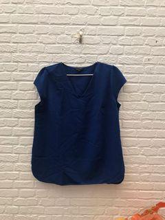 The executive XL blouse