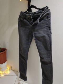 Tira black washed jeans