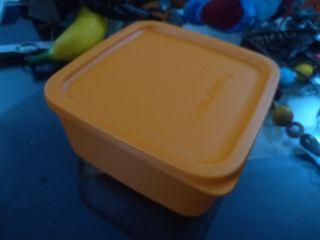 Tuperware kotak