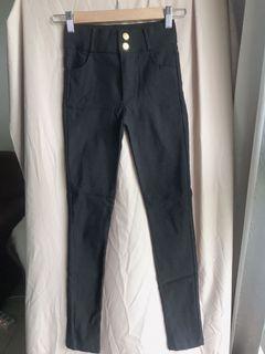 XS黑色長褲
