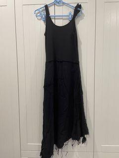 連身黑鬚洋裝