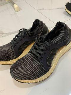 Adidas Ultraboost black sepatu wanita hitam