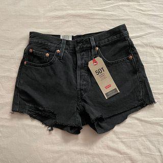 BNWT Levi's 501 shorts